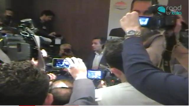 Speciale elezioni amministrative - Conferenza stampa Luigi de Magistris