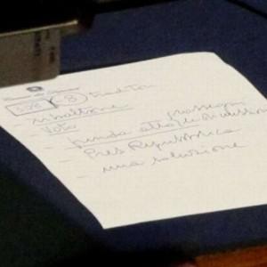 Berlusconi dimissionato da ''8 traditori''