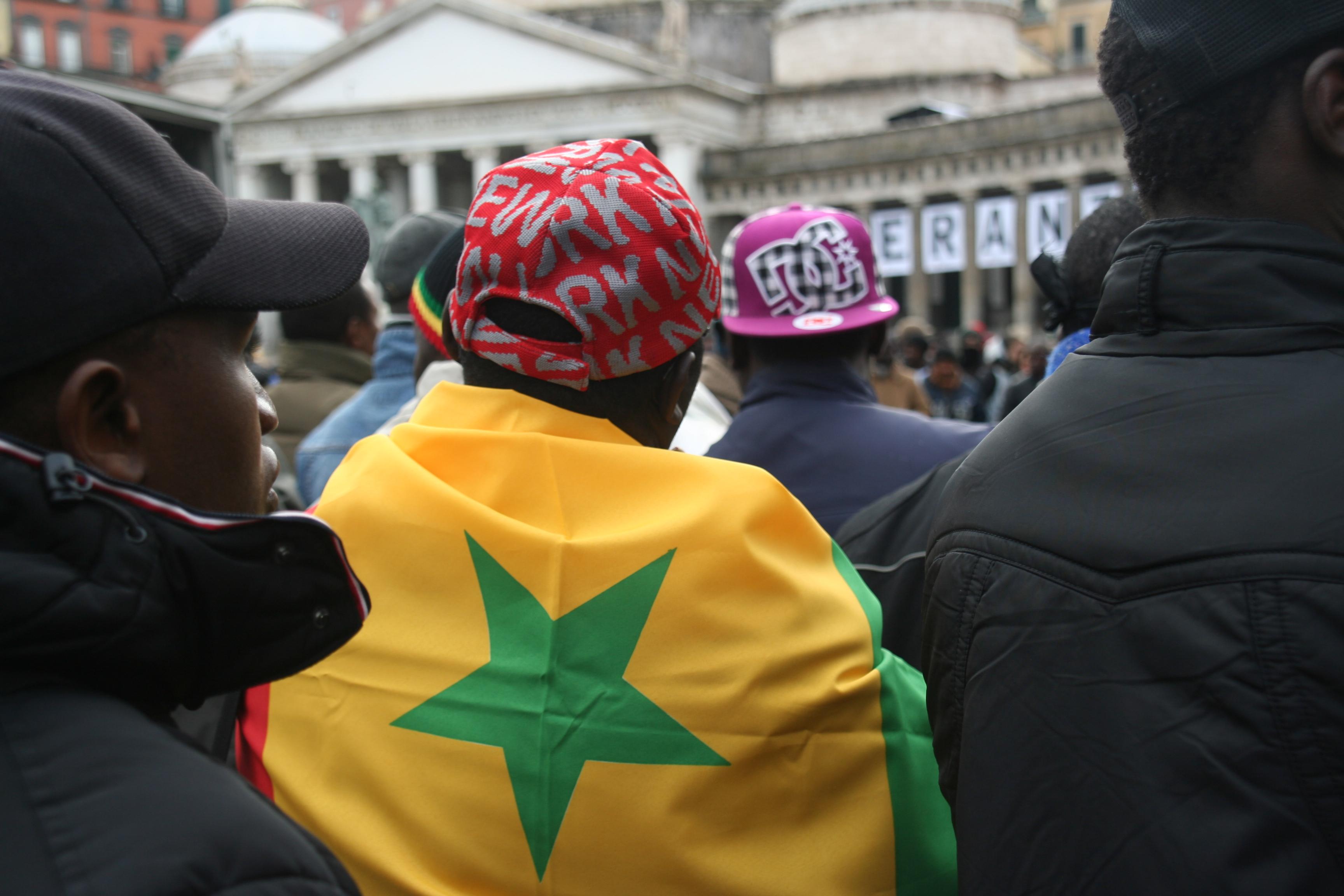 Video: Manifestazione degli ambulanti senegalesi