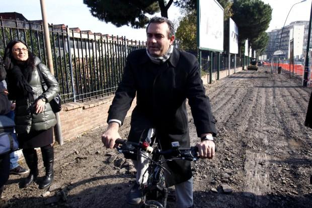 Inaugurazione della Pista ciclabile a Napoli. Vedi video progetto