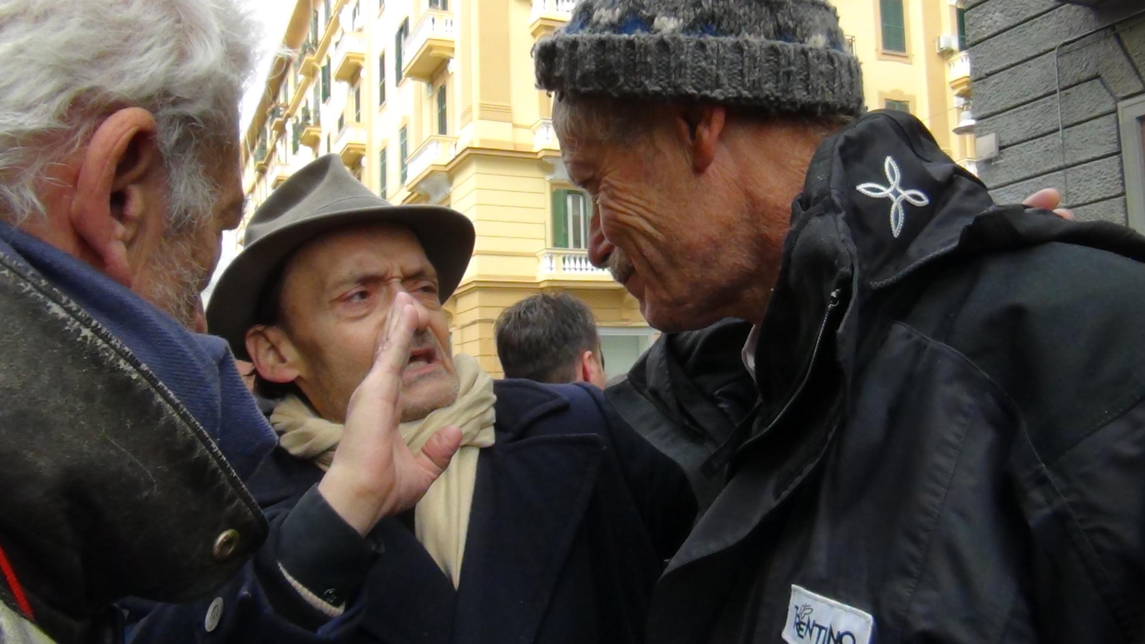 Assedio alla Regione Campania: Erri De Luca in diretta