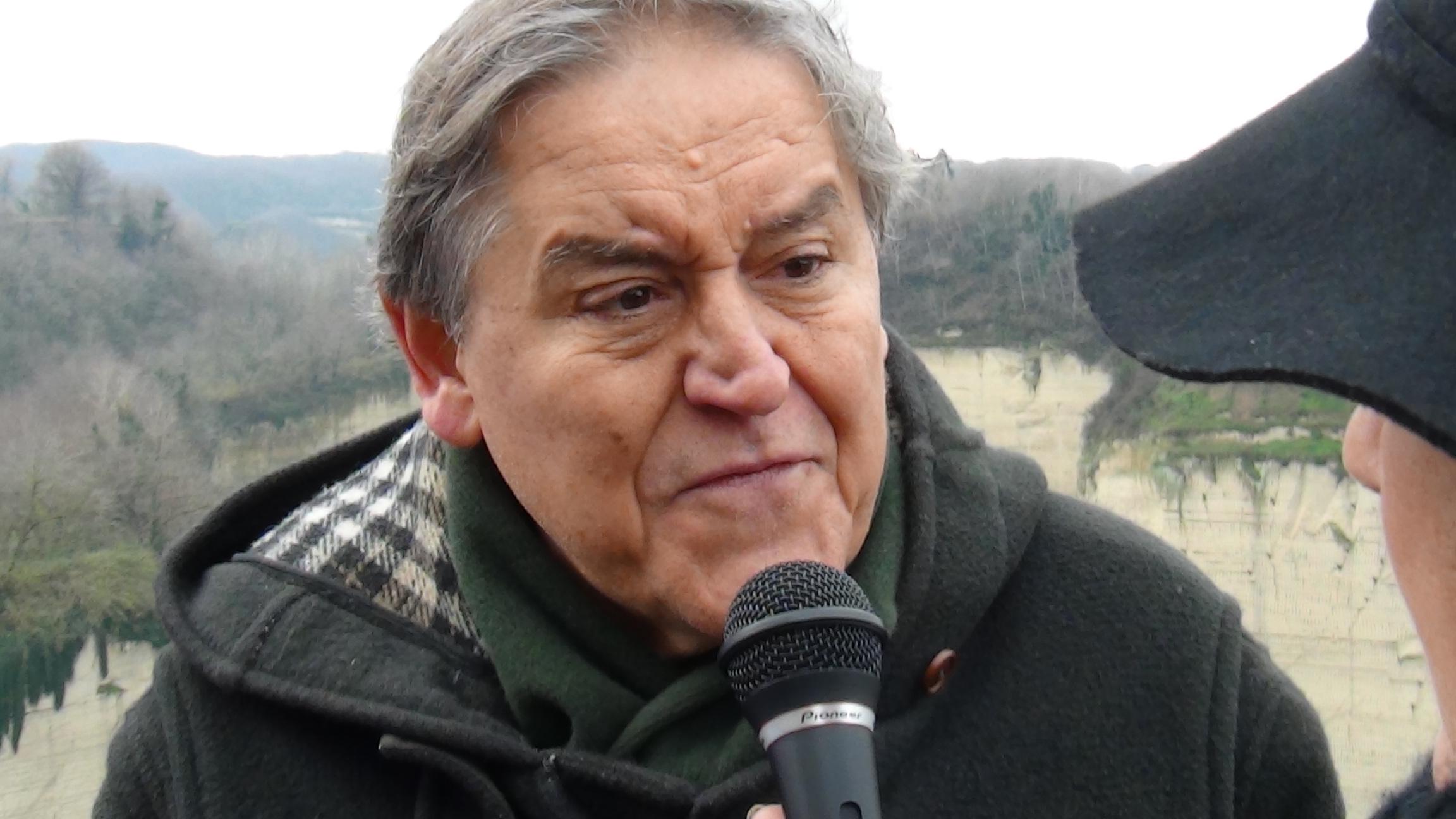Discariche a Chiaiano. Road Tv Italia incontra i comitati