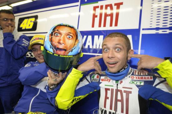 Valentino Rossi auguri da Road Tv Italia