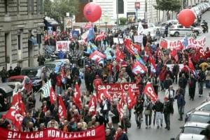 """I sindacati in piazza per gli """"esodati"""""""
