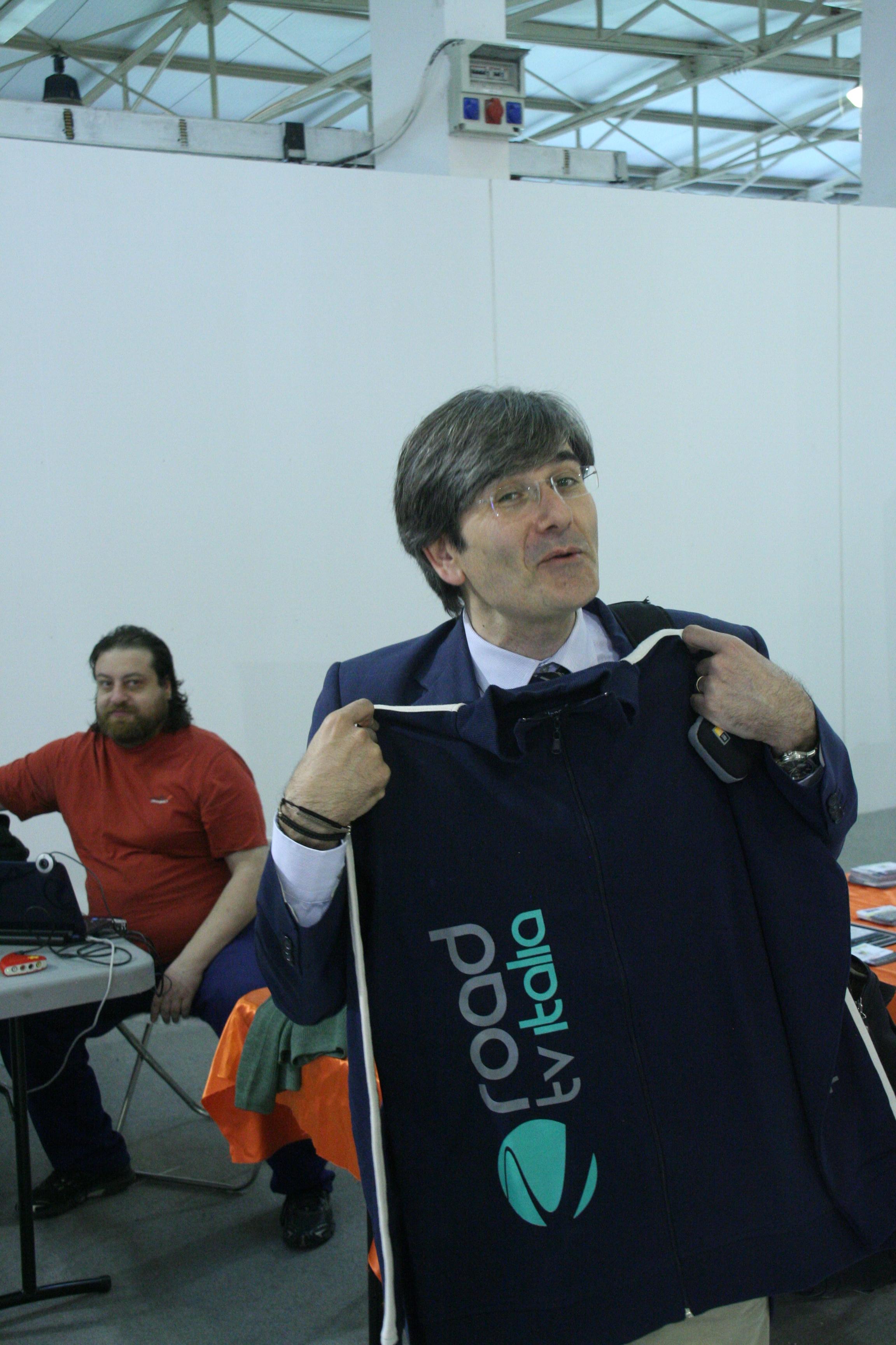 Raffaele Del Giudice e l'impianto di compostaggio a Napoli. Esclusiva di Road Tv Italia