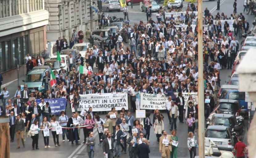 """Marcia """"Legale"""" su Roma. Gli Avvocati scendono in Piazza"""