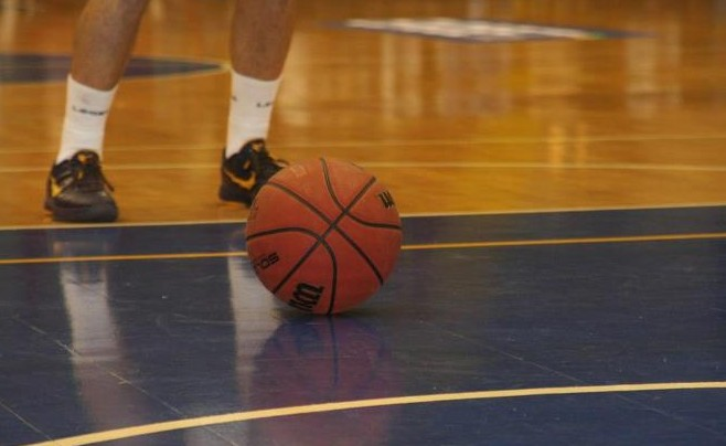 Schiaffo a giocatore: 7 giornate ad allenatore di basket a Ischia