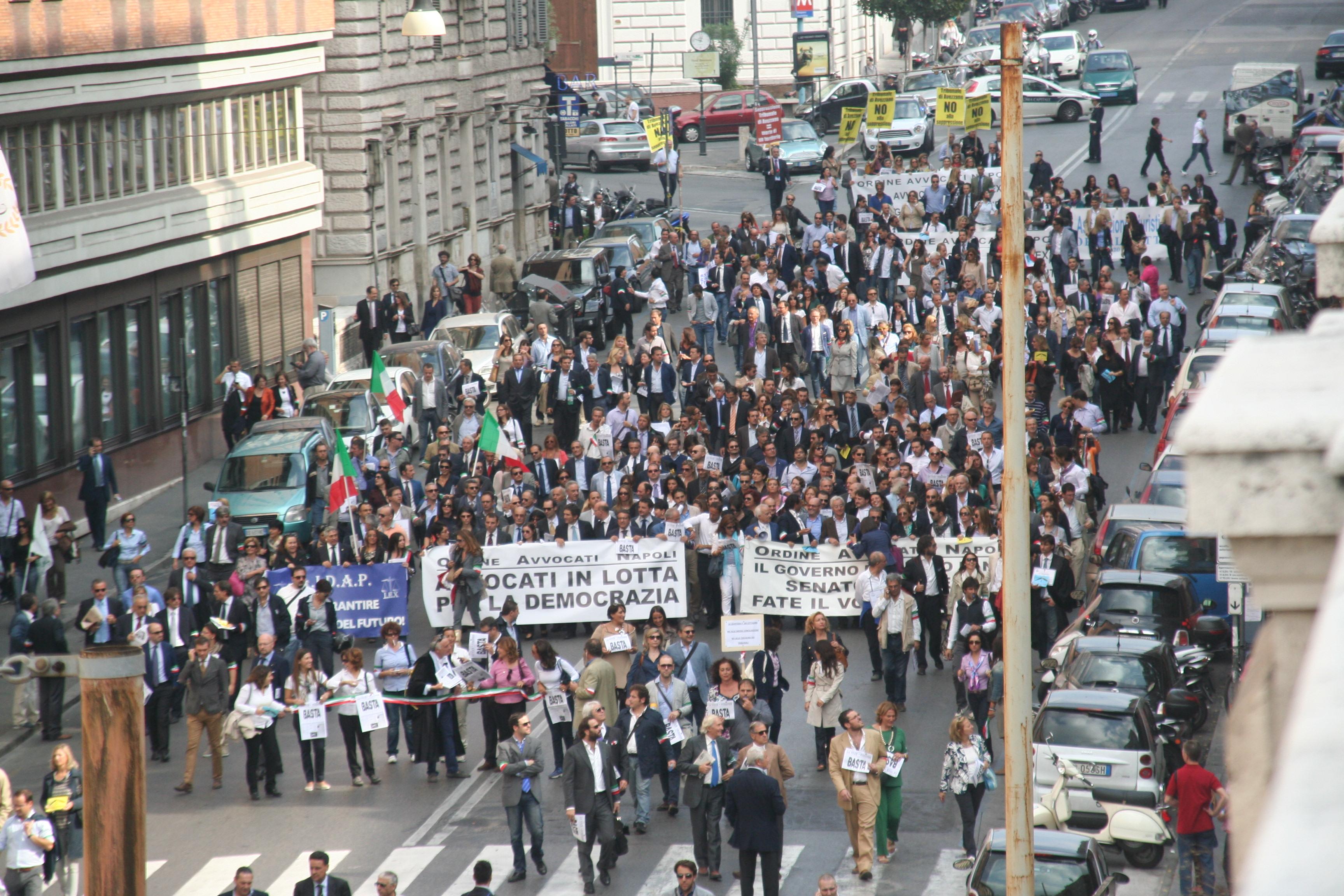 Reportage della manifestazione degli avvocati a Roma contro le riforme della giustizia