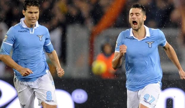 Il derby della capitale va alla Lazio: 3-2 alla Roma e l'Aquila vola!