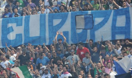 Napoli sconfitto dal Psv 3-1, ma comunque avanti