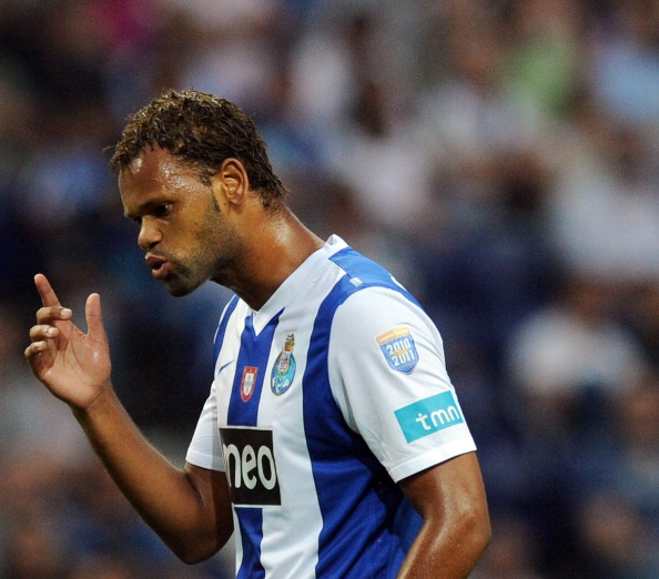 Ufficiale: Rolando è un nuovo calciatore del Napoli! Via libera per Fernandez al Getafe ..