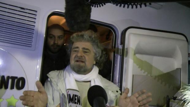 Beppe Grillo e il Movimento Cinque Stelle a Caserta