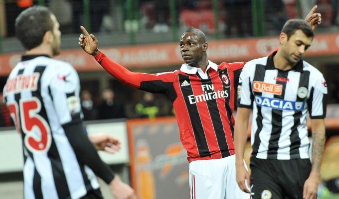 Balotelli, doppietta al debutto. Il Milan vince 2-1, ma l'Udinese recrimina nel finale