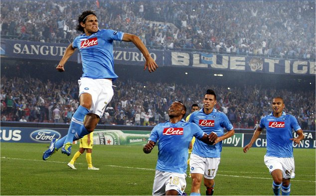 Stasera Napoli-Catania, intanto il Napoli presenta la lista Uefa ...