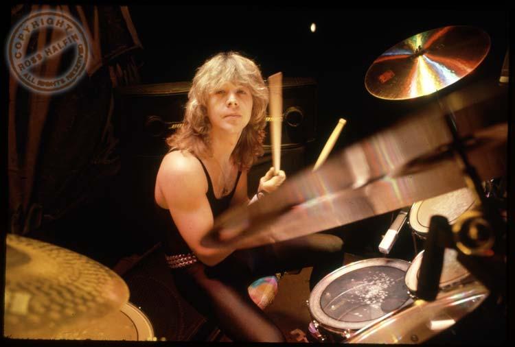E' morto Clive Burr, lo storico batterista degli Iron Maiden