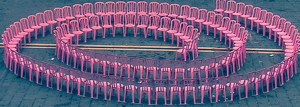 Una Spirale rosa per dire no al femminicidio