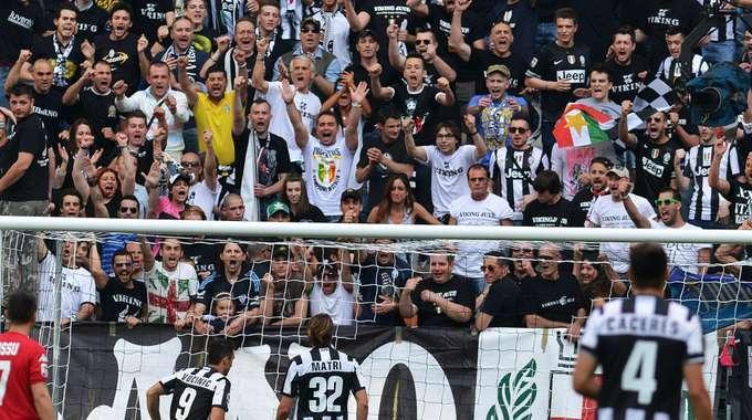 La Juve pareggia col Cagliari: niente record, ma grande festa