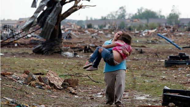 Tornado polverizza la citta' di Moore