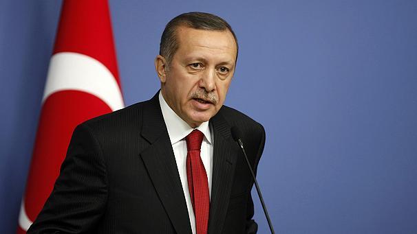 Erdogan apre le porte al diagolo. Domani ad Ankara manifestazione pro-premier
