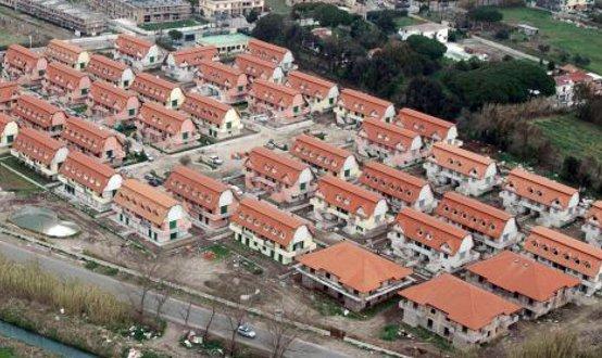 Sequestrate due scuole ed un'area di 25.000 mq in una maxi operazione a Pianura