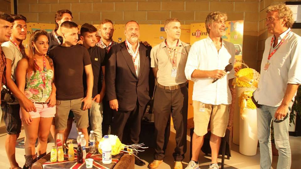 Intervista in lingua 'napulitan' ai ragazzi dei Quartieri Spagnoli e Fabio Venditti (VIDEO)