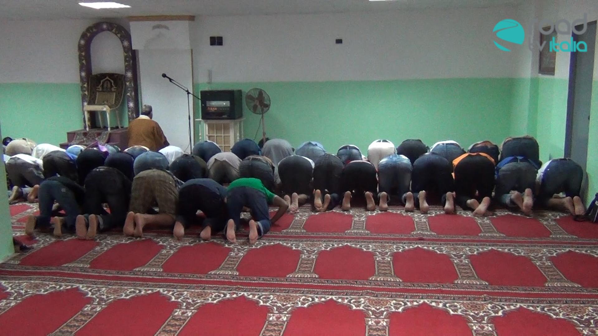 Voci di Ramadan a Napoli, tra preghiera e integrazione (VIDEO)