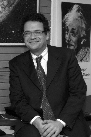 Professore di AstrofisicaDipartimento di Fisica. Università Federico IIPolo delle Scienze e della Tecnologia, Monte Sant'AngeloNapoli