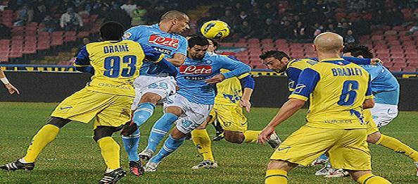 Chievo-Napoli: Benitez conferma l'undici anti Bologna. Sannino si affida a Paloschi-Thereau