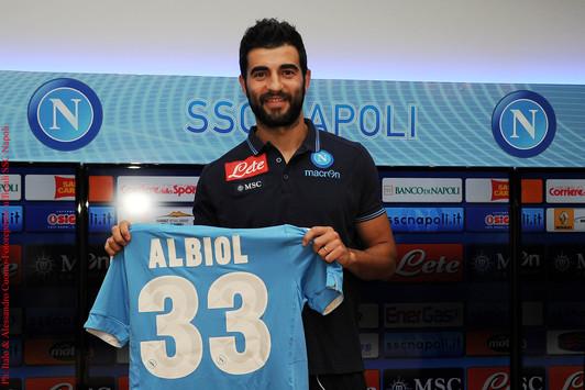 Il compleanno di Raul Albiol