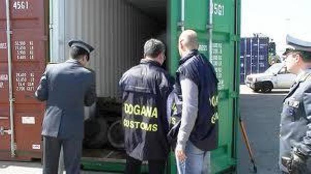 Scoperti e sequestrati diversi carichi di rifiuti speciali