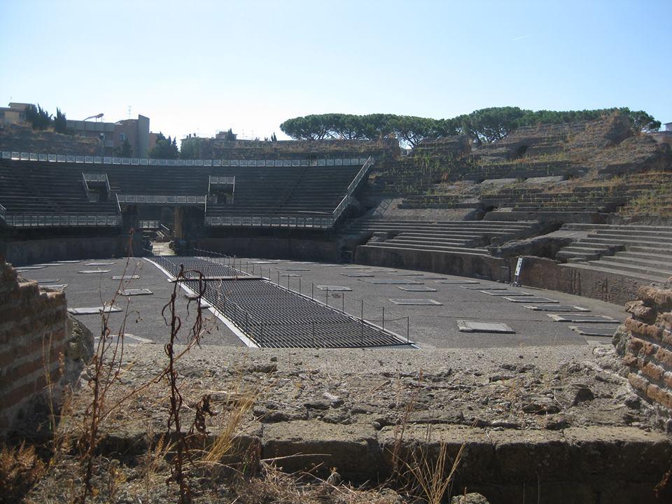 Anfiteatro Flavio nel degrado: i soldi non ci sono e la Soprintendenza latita (FOTO)