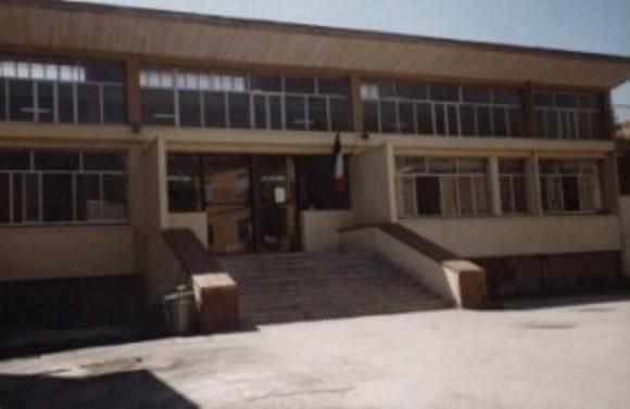 Ponticelli: un nuovo raid nella scuola impegnata per la legalità