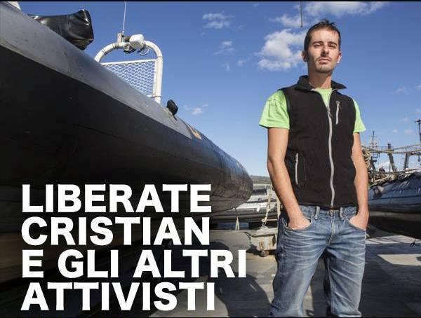 Attivisti Greenpeace fermati in Russia: c'è anche un napoletano