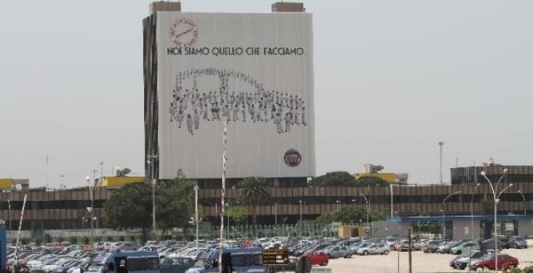 Cassaintegrati: protesta allo stabilimento Fiat di Pomigliano