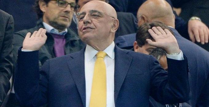 """Napoli, giorno di riposo per gli azzurri. Galliani: """"Non so se gli azzurri sono l'anti Juve"""""""
