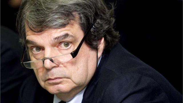 Gasparri: E' un dovere del governo evitare l'aumento dell'Iva