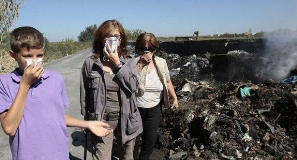 Rifiuti: mamme in protesta nella Terra dei Fuochi