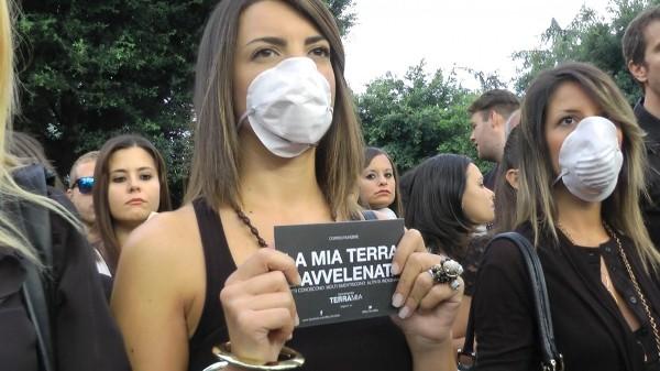 """Una """"marcia per la vita"""" contro i rifiuti tossici"""