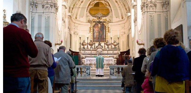 Fermo: parrocchia offre buono-colazione per chi va a messa