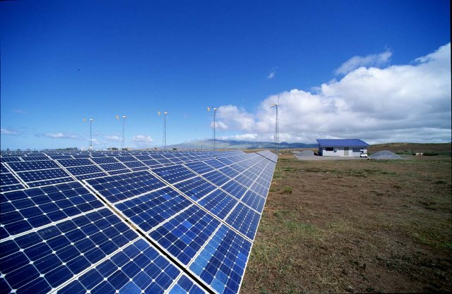 Brindisi: Sequestri ed arresti per parchi fotovoltaici