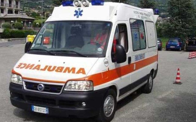 Infermiere suicida in ospedale, è accaduto nell'Avellinese: corpo trovato nei bagni da collega