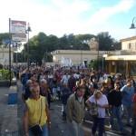 """""""Bacoli non deve morire"""": cittadini protestano contro i rifiuti tossici"""