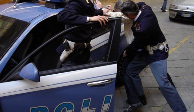 La Polizia di Stato di Caserta arresta 20 affiliati dei Belforte