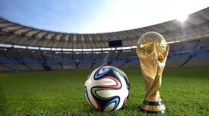 Il napoletano Fabio Cannavaro tra i sorteggiatori dei gironi dei Mondiali 2014