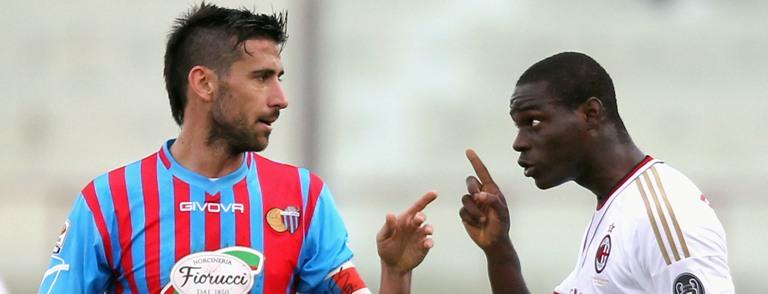 """Ancora razzismo, Spolli a Balotelli: """"Negro di me..."""""""