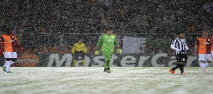 Galatasaray-Juventus sospesa al 31' sullo 0-0