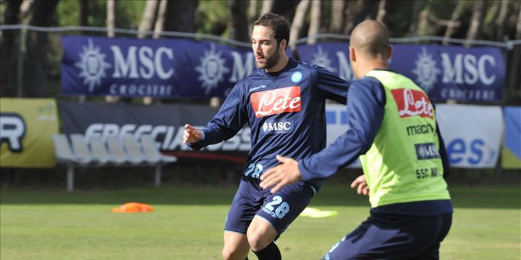 Napoli-Udinese: allenamento in mattinata per gli azzurri. Terapie per Hamsik