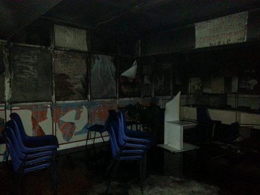 Scampia, incendiata sede del Comitato Abitanti Vele. Indagini in corso