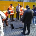 Voragine in via Pessina: sette giorni per completare i lavori (FOTO)