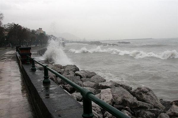 Maltempo in Campania: prorogata allerta meteo fino alle 20 di oggi